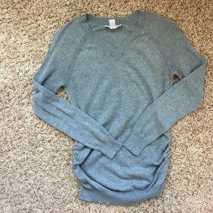 Maternity size small gray sweater.